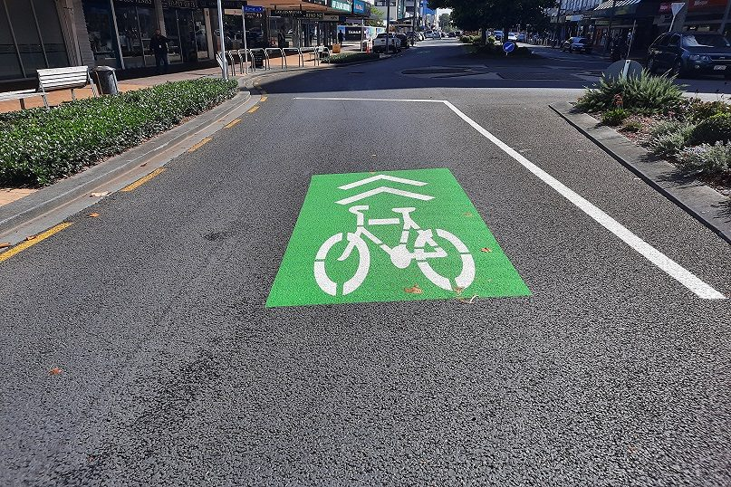 Image of a Sharrow at the Victoria Street and Alma Street roundabout